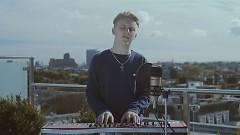 Flashing Amber (Acoustic) - Tom Prior