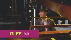 Arthur's Theme (Glee Cast Version) - The Glee Cast