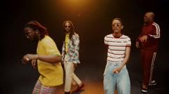 Roll (Burbank Funk) - The Internet