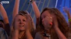 Disperate Youth (Radio 1's Hackney Weekend) - Santigold