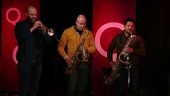 We Get Along (Live On QTV) - Sharon Jones , The Dap-Kings