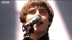 There's A Beast and We All Feed It (Live At Reading 2014) - Jake Bugg