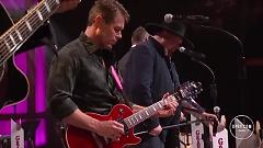 Headlights (Live At The Grand Ole Opry) - Montgomery Gentry