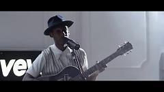 Smooth Sailin' (Live) - Leon Bridges