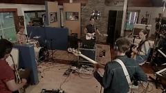 Caught By My Shadow (Oneway Studio Sessions) - Albert Hammond Jr