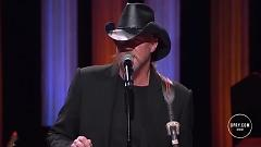 Jesus And Jones (Live At The Grand Ole Opry) - Trace Adkins