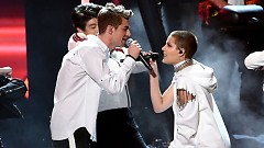 Closer (American Music Awards 2016) - The Chainsmokers, Halsey