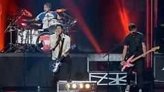 Hey Everybody! (American Music Awards 2015) - 5 Seconds Of Summer