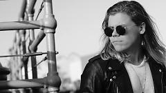 Hold Me Up - Conrad Sewell