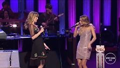9 To 5 (Live At The Grand Ole Opry) - Jennifer Nettles , Carrie Underwood