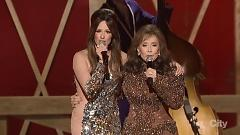 You're Looking At Country (48th Annual CMA Awards 2014) - Kacey Musgraves , Loretta Lynn