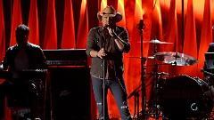 Burnin' It Down (48th Annual CMA Awards 2014) - Jason Aldean
