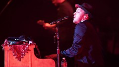 Making Love With The Radio On - Gavin DeGraw