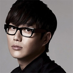 Sung Si Kyung
