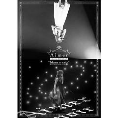 Aimer Live in Budokan 'blanc et noir'