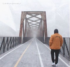 Com,ma (Single) - Bullet