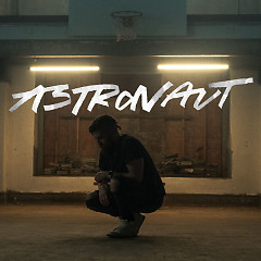 Astronaut (Single)