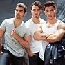 Lời dịch bài hát Higher love - Jonas Brothers